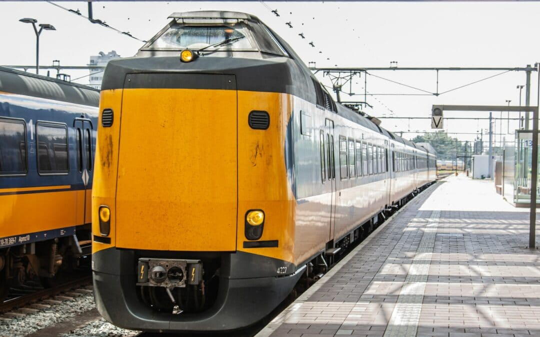 The impact of innovative devices in the train cab on train driver workload and distraction