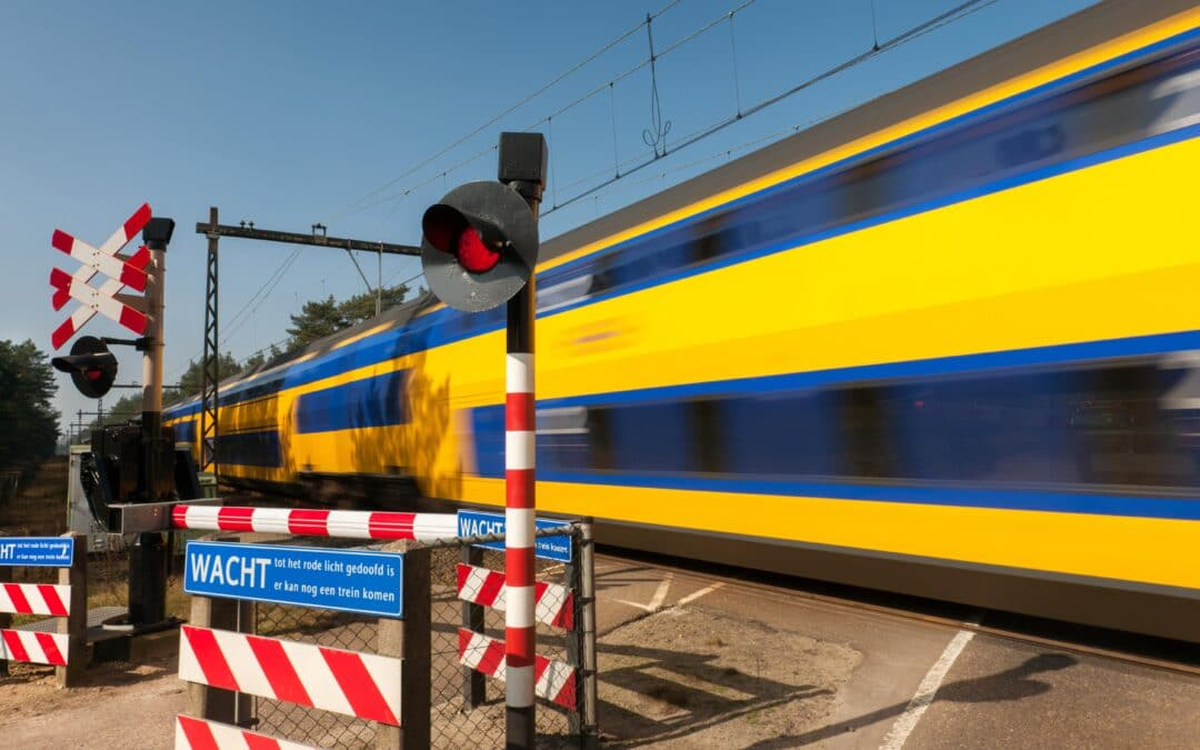 ERTMS in Holland Overview of human factors issues in a pilot with dual signalling