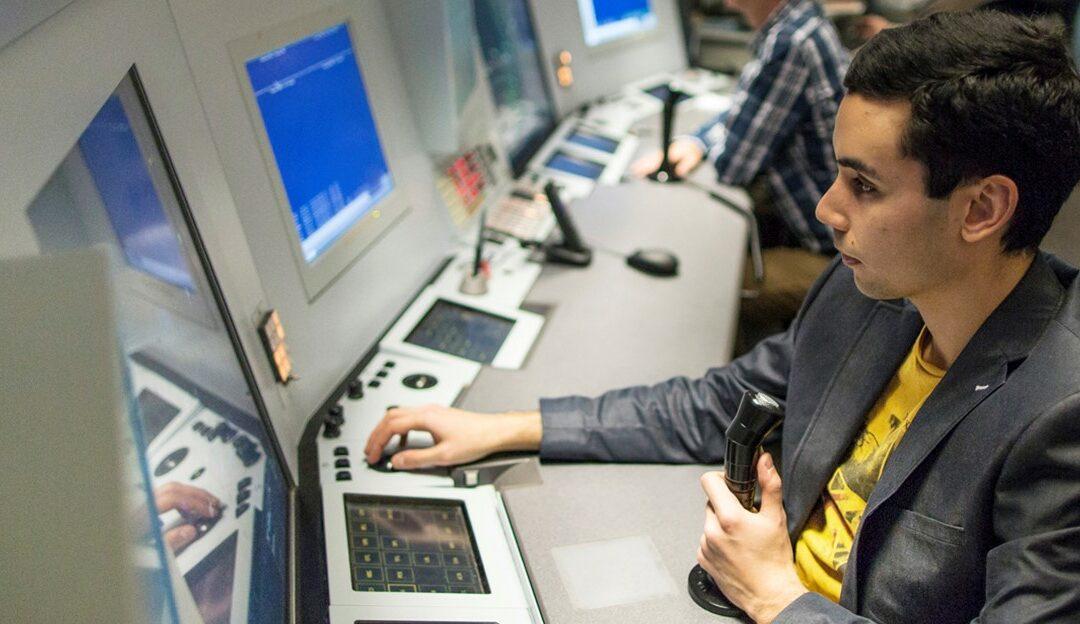 Ergonomische werkplekken voor luchtverkeersleiders LVNL in Polaris